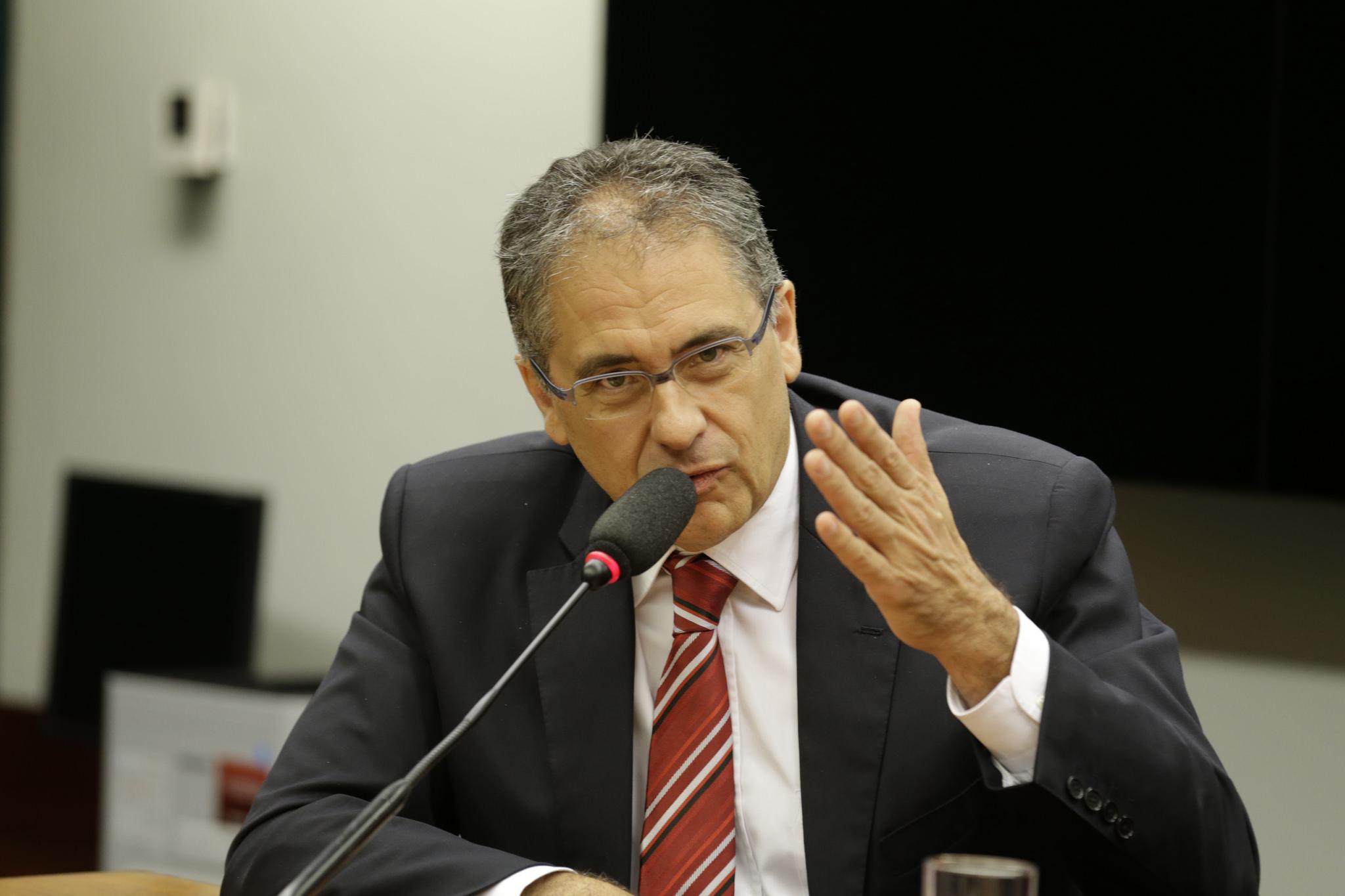 Zarattini se empenha para aprovar importantes projetos para o Brasil