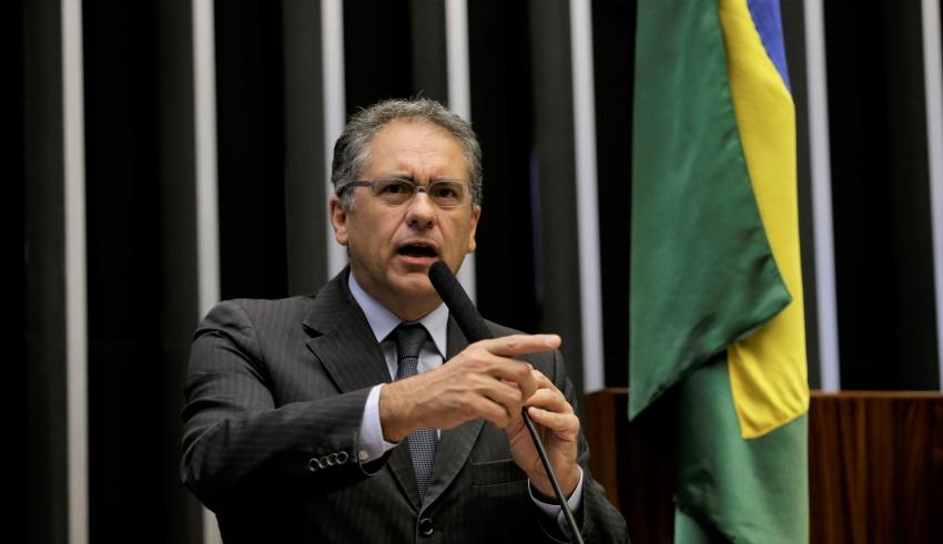 "Zarattini dispara: ""Alckmin é um mentiroso"""