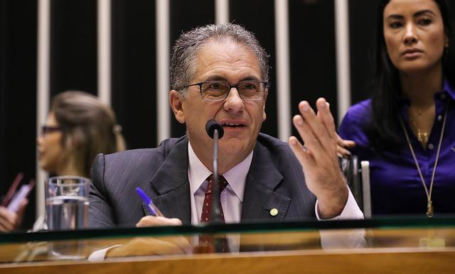 Zarattini: Submissão de Bolsonaro aos EUA provoca prejuízos bilionários ao agronegócio brasileiro