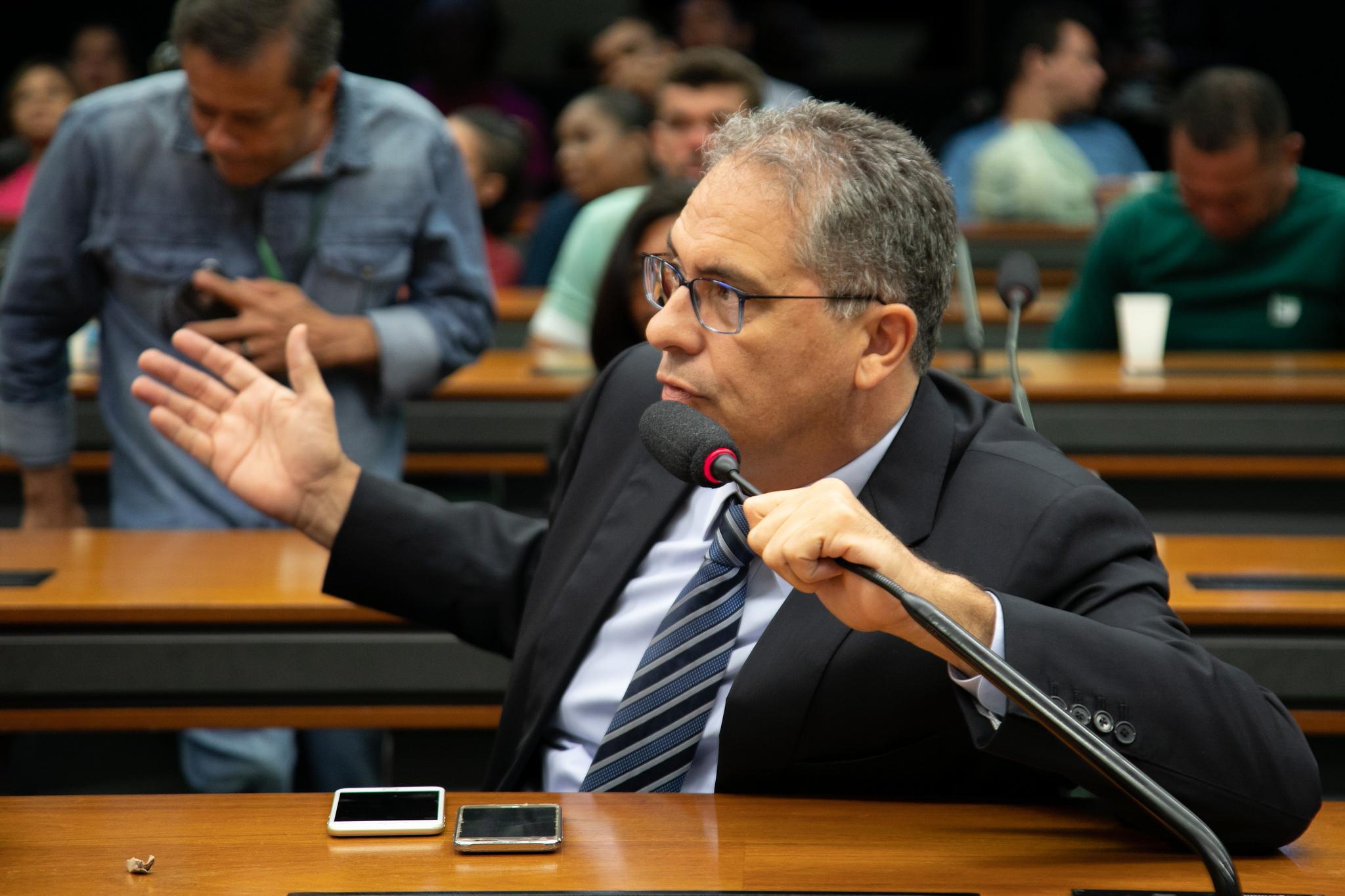 Zarattini quer unificar a luta por moradia com a defesa do direito a aposentadoria