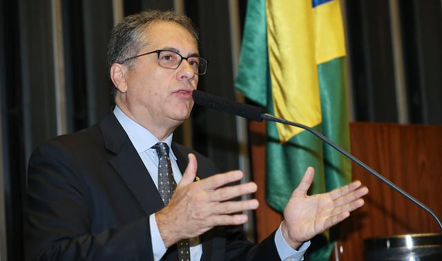 O Brasil e o mundo estão estarrecidos com a cocaína encontrada em avião presidencial, afirmam petistas