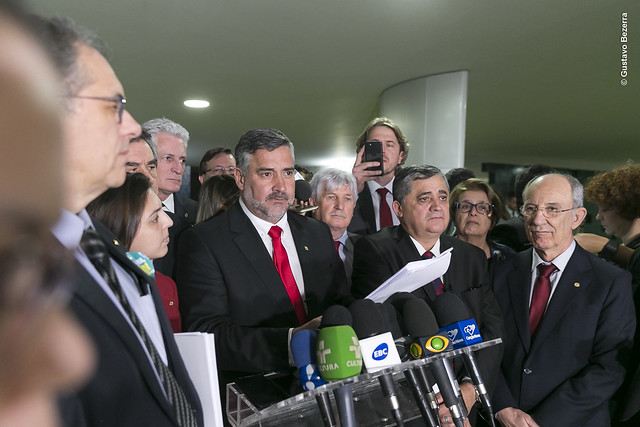 PT recorre ao STF contra Bolsonaro por compra de votos para aprovar Reforma da Previdência