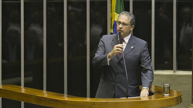 "Zarattini: ""O povo sabe que Lula é perseguido e que ex-presidente é o candidato do PT"""