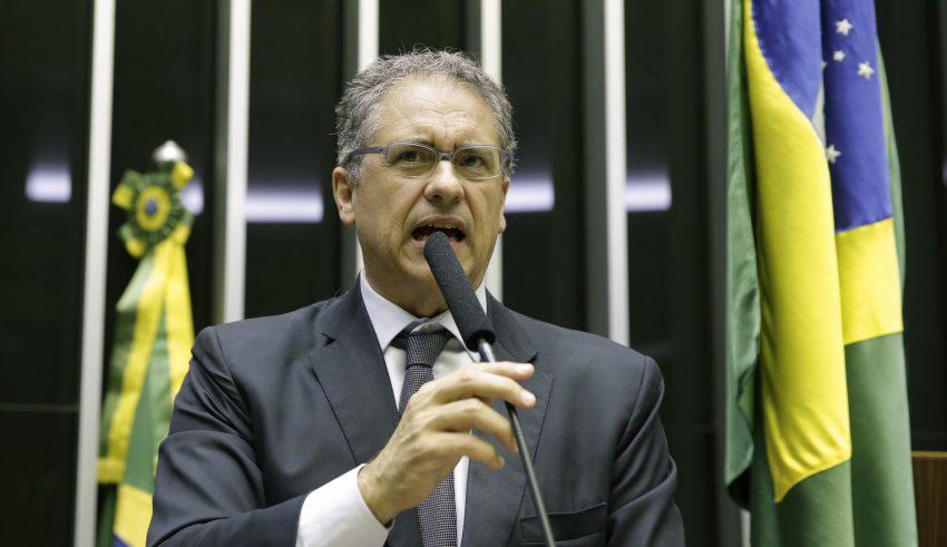 Zarattini diz que regulamentação do lobby ajudará no controle da sociedade sobre a atividade