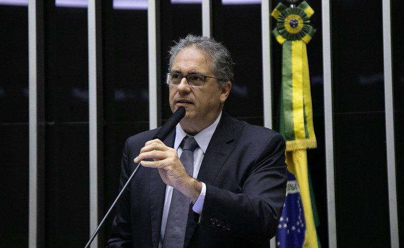 Zarattini apoia posição do Conselho Nacional de Saúde pelas críticas ao governo frente à pandemia
