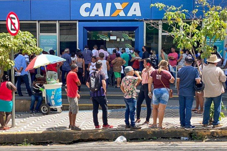PT aciona Justiça para liberar pagamento de R$ 600
