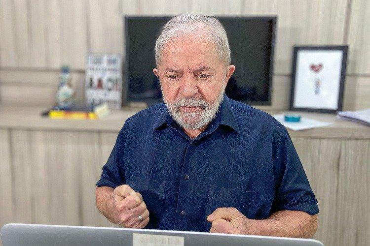 """Lula: """"Bolsonaro faz tão mal ao Brasil quanto o coronavírus"""""""