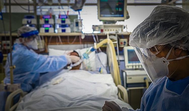 Verba retida pelo governo compraria 428 mil respiradores, denuncia Conselho de Saúde