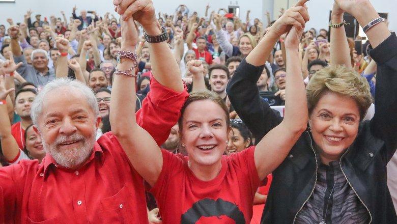 Lula, Dilma e Gleisi apontam: povo precisa ser a prioridade