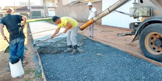 Construção da praça de Esportes e Lazer avança no Jardim do Engenho