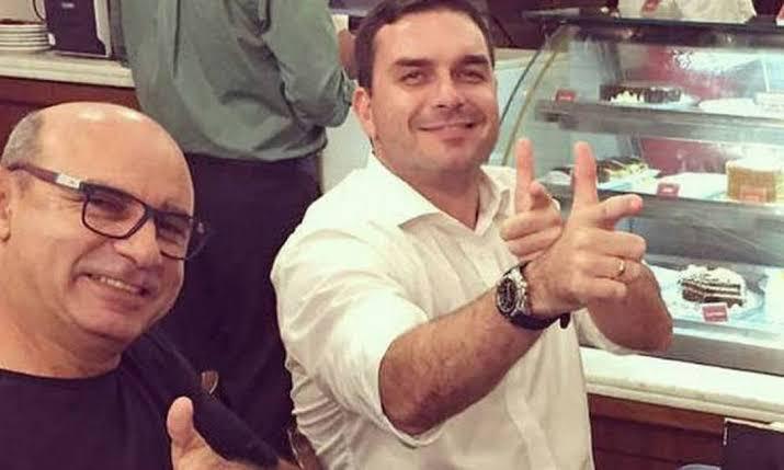 Justiça do Rio retoma caso das rachadinhas de Flavio Bolsonaro