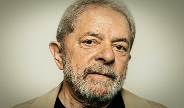 """""""Nunca imaginei que voltaríamos a uma situação de anomalia democrática"""", diz Lula"""