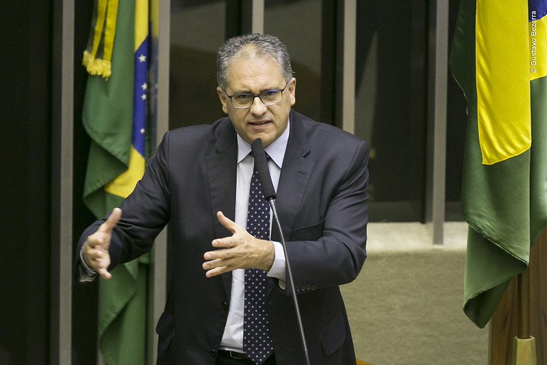 Deputados apresentam moção de repúdio à visita de secretário dos EUA ao Brasil