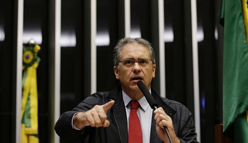 Zarattini entra com ação na PGR para barrar decreto da mineração