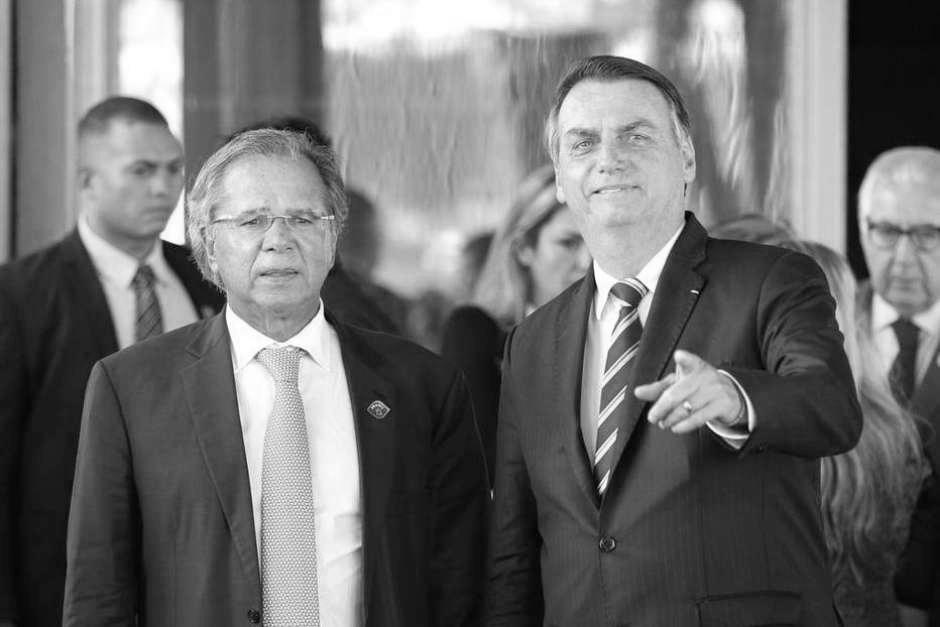 Bolsonaro consegue mais uma vez: desemprego aumenta em agosto. Eis o colosso de Guedes