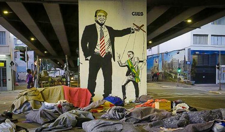 Bolsonaro transforma país em joguete dos EUA na guerra contra China