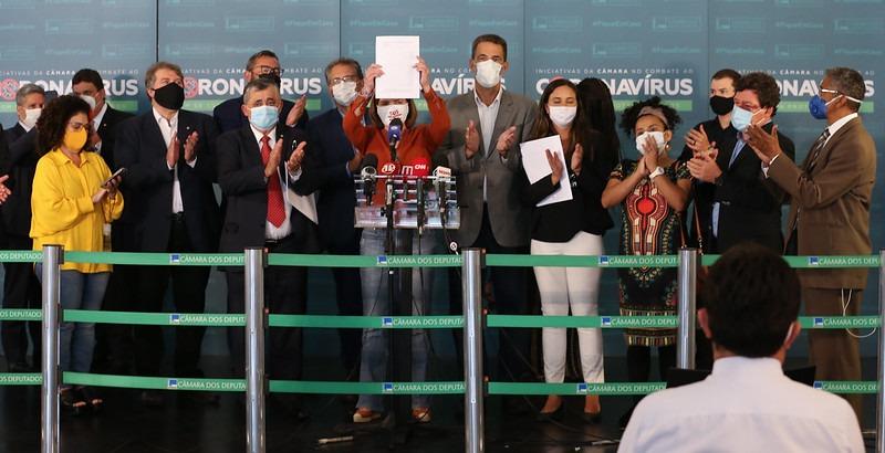 Oposição apresenta novo pedido de impeachment de Bolsonaro por 15 crimes cometidos durante a pandemia