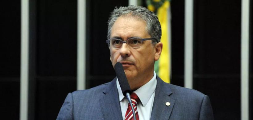 Zarattini: 'é fundamental derrotar Bolsonaro na Câmara depois do flerte com fascistas norte-americanos'