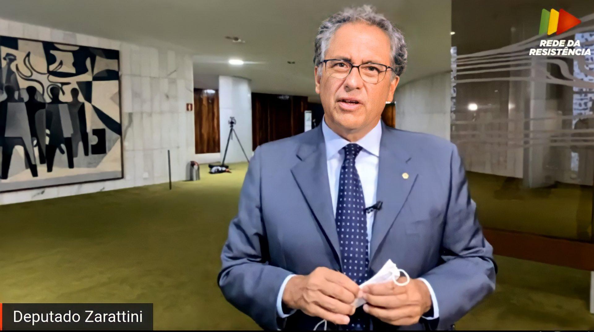 """""""A autonomia do Banco Central é um erro e pode colocar a política econômica e monetária do Brasil em risco"""", diz Zarattini"""