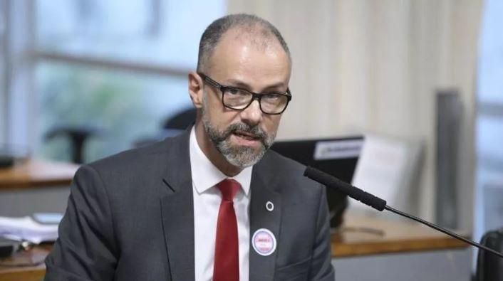 Presidente da Anvisa culpa médica Nise Yamaguchi por proposta de mudança na bula da cloroquina