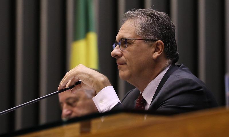 Bolsonaro é derrotado! Voto impresso é sepultado na Câmara dos Deputados