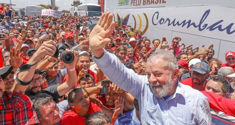 Liderança de Lula na corrida eleitoral simboliza esperança e desenvolvimento com inclusão social