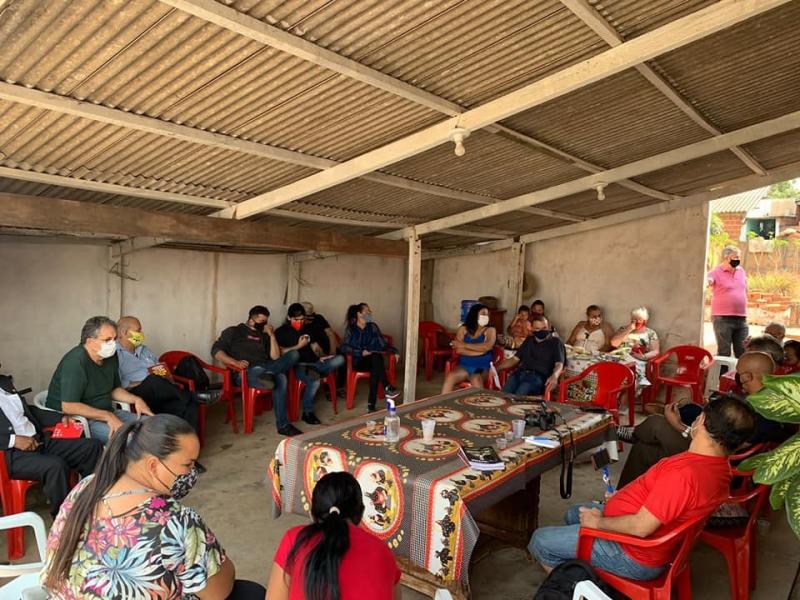 Deputado visita o Jd. Nicéia e anuncia recursos para o Centro Comunitário