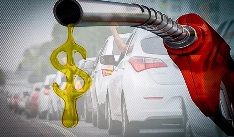 Bolsonaro também mente sobre preços dos combustíveis