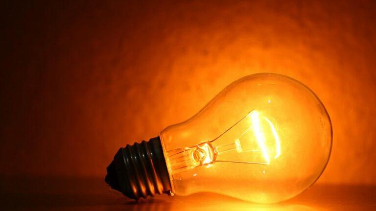 Lei facilita acesso de famílias à Tarifa Social de Energia Elétrica