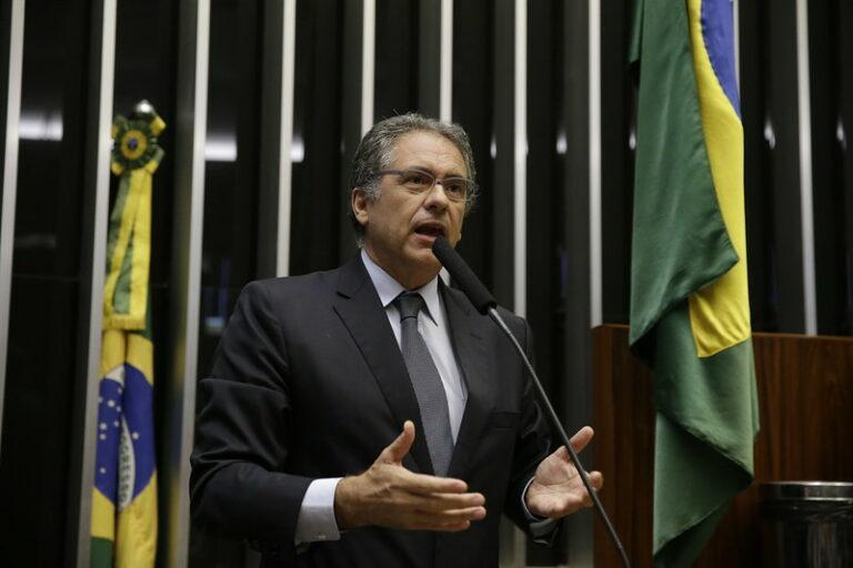 Nova Lei de Improbidade Administrativa não impede punições, afirma Zarattini