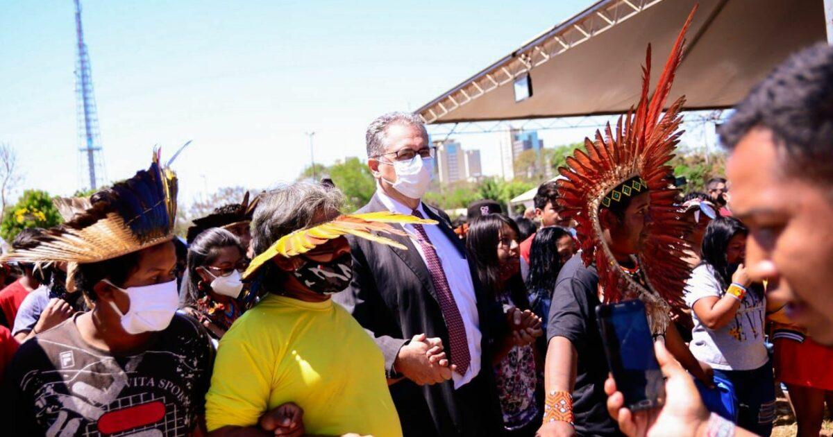 Povos indígenas lutam contra o Marco Temporal para terras indígenas