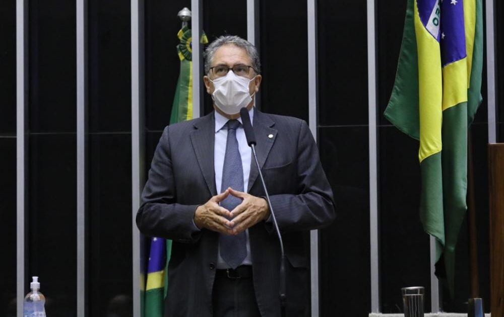 Vitória do PT: Câmara aprova projeto que dá desconto de 50% no gás de cozinha para os mais pobres