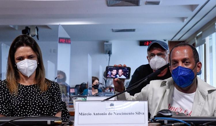 A dor de 600 mil famílias ganha voz na CPI da Covid