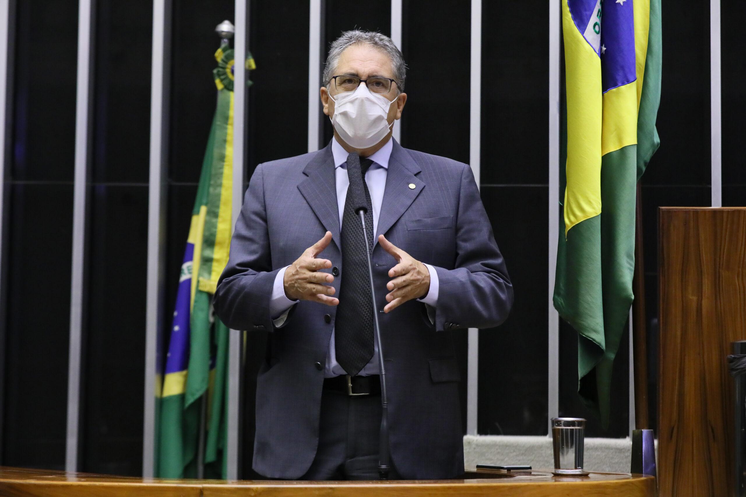 21 milhões de pessoas podem ficar sem assistência social caso o Auxílio Brasil seja aprovado