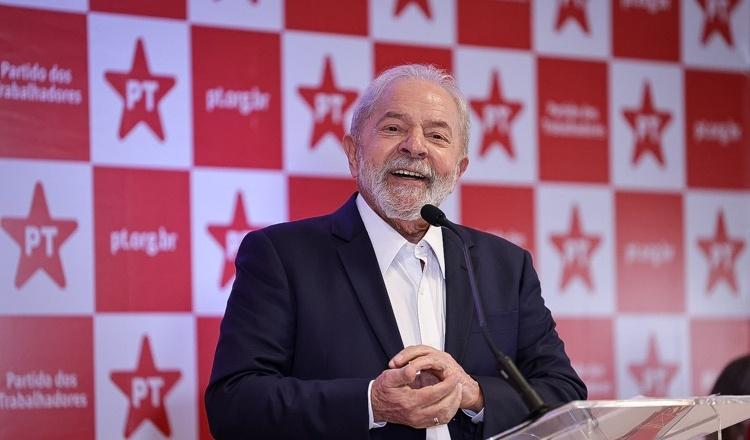 Lula: Bolsonaro tem que dar auxílio emergencial de R$ 600 porque o povo merece